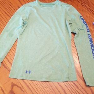 Under Armour youth boys large sleeve tshirt